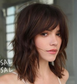 Beautiful Long And Medium Hairstyle Ideas For Women05