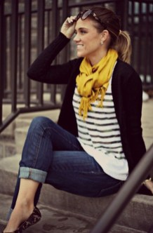 Best Ideas To Wear A Scarf Stylishly This Spring10