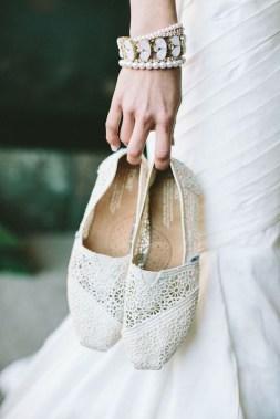 Captivating Flat Wedding Shoes Ideas13