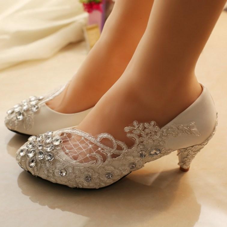 Captivating Flat Wedding Shoes Ideas22