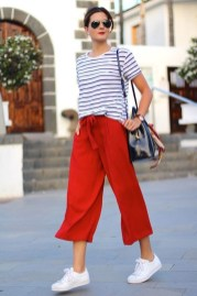 Charming Women Outfits Ideas For Spring And Summer07