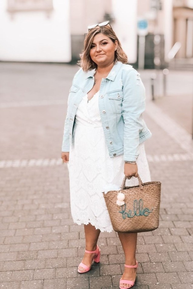 Charming Women Outfits Ideas For Spring And Summer40
