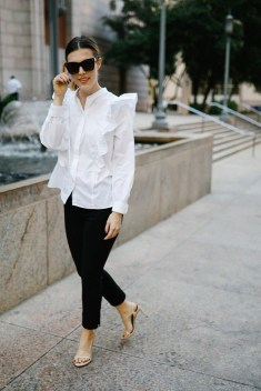 Cute Workwear Outfit Ideas For Summer29