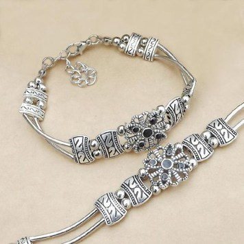 Newest Bracelets Ideas For Women32