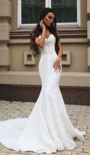Newest Lace Sweetheart Wedding Dresses Ideas For Spring01