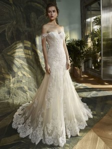 Newest Lace Sweetheart Wedding Dresses Ideas For Spring40