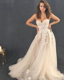 Newest Lace Sweetheart Wedding Dresses Ideas For Spring48