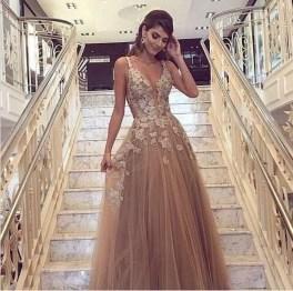 Pretty V Neck Tulle Wedding Dress Ideas For 201937