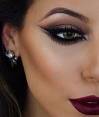 Stunning Eyeliner Makeup Ideas For Women35
