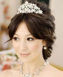 Unique Wedding Hairstyles Ideas For Round Faces39