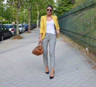 Unordinary Mismatched Outfits Ideas For Women20
