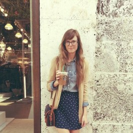Unordinary Retro Outfit Ideas For Girl40