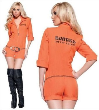 Unusual Orange Outfit Ideas For Women36