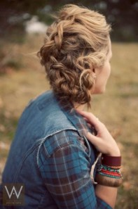 Captivating Boho Hairstyle Ideas For Curly And Straight Hair01