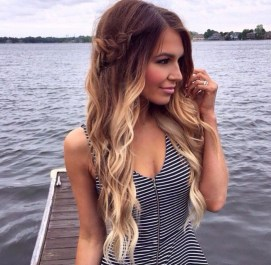 Captivating Boho Hairstyle Ideas For Curly And Straight Hair27
