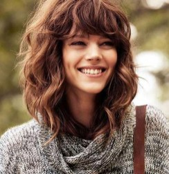 Charming Wavy Hairstyle Ideas For Your Appearance More Cool09