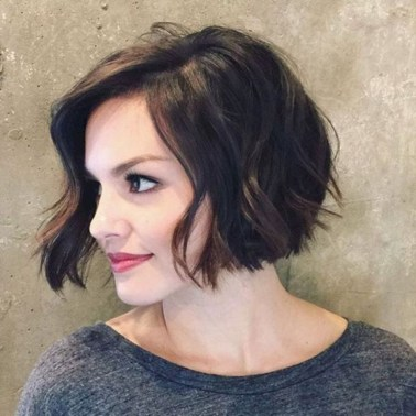 Charming Wavy Hairstyle Ideas For Your Appearance More Cool15