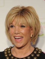 Cute Short Hairstyles Ideas For Women Over 5024
