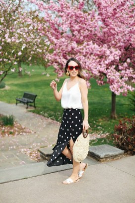 Delicate Polka Dot Maxi Skirt Ideas For Reunion06