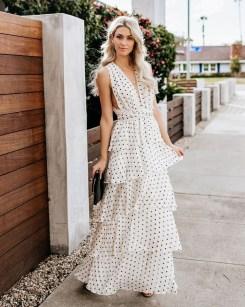 Delicate Polka Dot Maxi Skirt Ideas For Reunion40