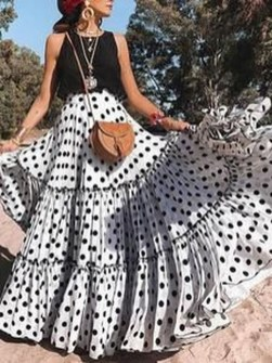 Delicate Polka Dot Maxi Skirt Ideas For Reunion45