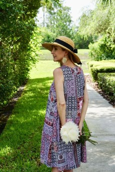 Elegant Summer Outfits Ideas For Women Over 40 Years Old13