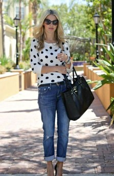 Elegant Summer Outfits Ideas For Women Over 40 Years Old20