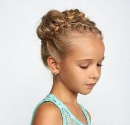 Fascinating Hairstyles Ideas For Girl10