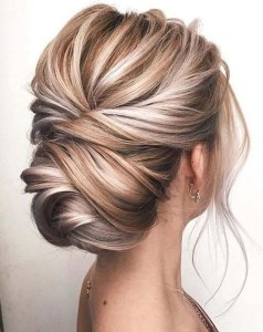 Rustic Hairstyle Ideas For Wedding32