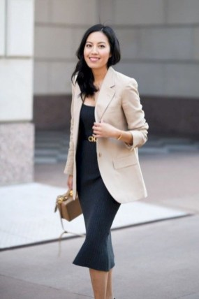 Stylish Outfits Ideas For Professional Women27