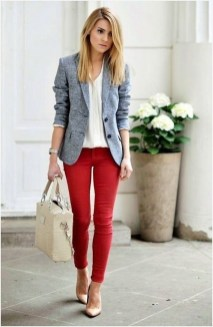 Stylish Outfits Ideas For Professional Women32