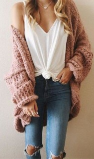 Affordable Women Outfit Ideas For Summer With Sweaters01