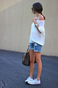 Affordable Women Outfit Ideas For Summer With Sweaters11