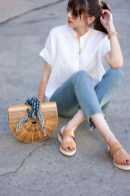 Charming Minimalist Outfits Ideas To Inspire Your Style02