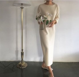 Charming Minimalist Outfits Ideas To Inspire Your Style32
