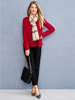 Charming Winter Outfits Ideas To Go To Office06
