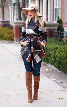 Charming Winter Outfits Ideas To Go To Office16
