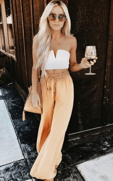 Cute Summer Outfits Ideas For Women You Must Try03