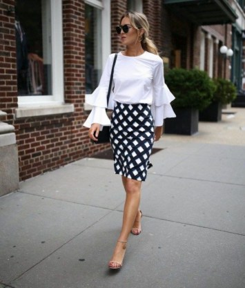 Fabulous Summer Work Outfits Ideas For Women15