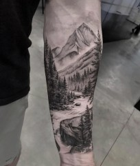 Gorgeous Arm Tattoo Design Ideas For Men That Looks Cool05