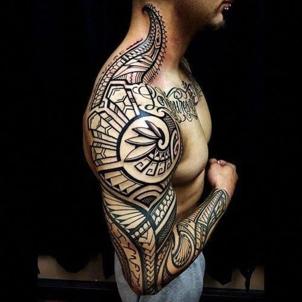Gorgeous Arm Tattoo Design Ideas For Men That Looks Cool46