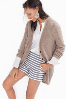 Gorgeous Summer Outfit Ideas With Cardigans For Women14