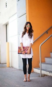 Inspiring Summer Outfits Ideas With Leggings To Try21