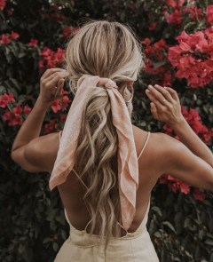 Latest Wavy Long Hair Styles Ideas For Blonde Females 201929