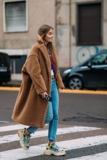 Attractive Sneakers Outfit Ideas For Fall And Winter19