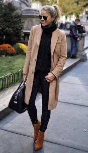 Charming Outfit Ideas That Perfect For Fall To Try07