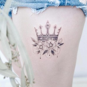 Comfy Crown Tattoos Ideas Youll Need To See16