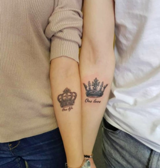 Comfy Crown Tattoos Ideas Youll Need To See37