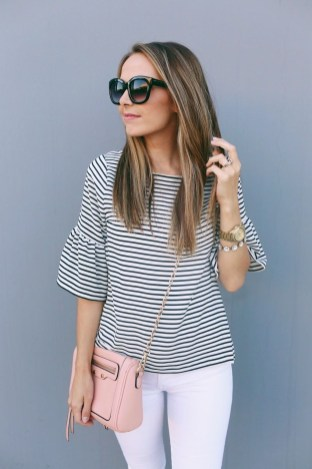 Comfy Tops Ideas That Are Worth For Girls25