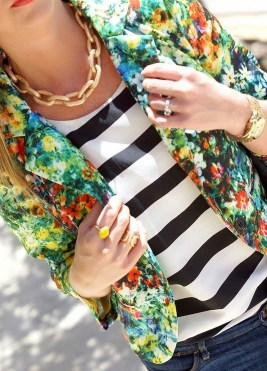 Cozy Combinations Ideas With Floral Blazers You Must Try34